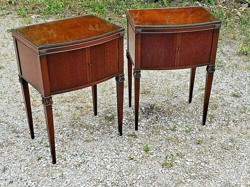 Sheraton style Antique  mahogany accent end tables pair