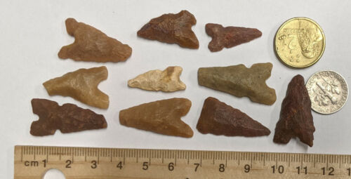 Lot of TEN NEOLITHIC Arrowhead Projectile points thousands of years old (#F26)