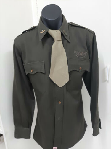 US Army Air Force Officers (Lt) Shirt/Tie with Bullion Pilot Badge..1939 - 1945 (WWII) - 13977