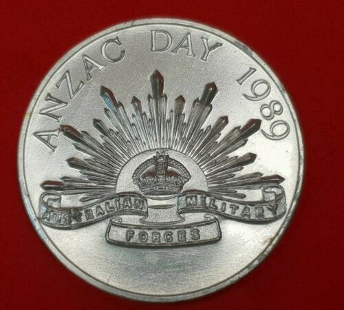 POST WW2 ANZAC DAY RISING SUN NO 1 STORES DEPOT 50TH ANNIVERSARY 1939  89 MEDAL