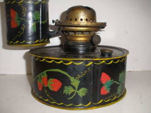 ANTIQUE PENNSYLVANIA TIN TOLE MILLER KEROSENE LAMP 19TH