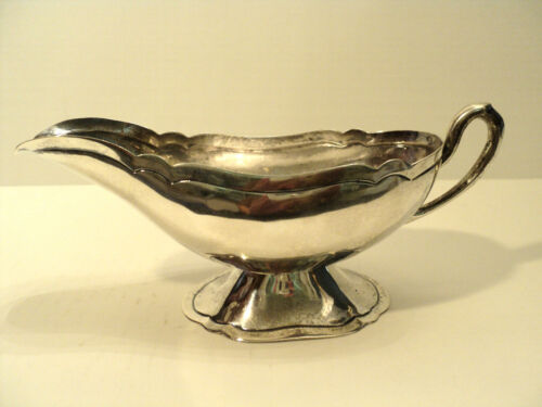 CLASSIC EARLY VIGUERAS MEXICO STERLING SILVER HAND MADE GRAVY / SAUCE BOAT
