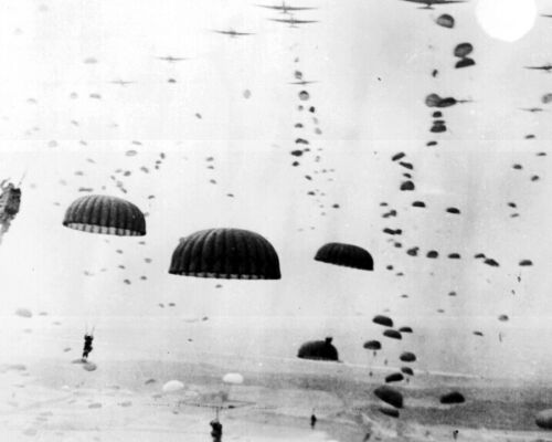 New 8x10 World War II Photo: 1st Allied Airborne Paratroopers in HollandUnited States - 156437