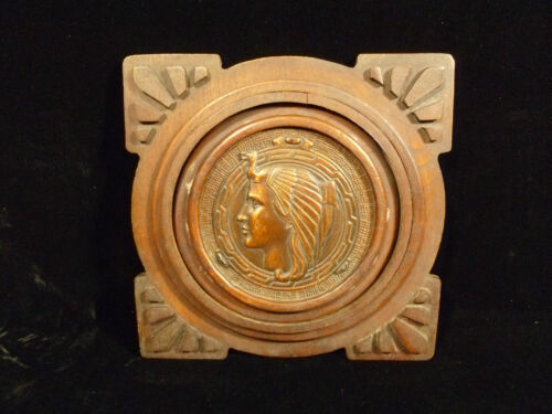 CLEOPATRA EGYPTIAN COPPER RELIEF PLAQUE IN WOOD FRAME - CIRCA 1910