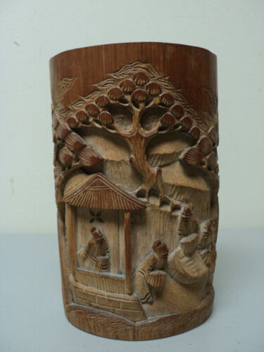 UNUSUAL 19th C. ANTIQUE HAND CARVED CHINESE BAMBOO BRUSH POT