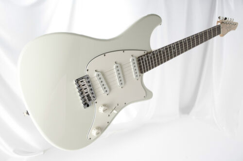 John Page Classic '' The Ashburn'' Olympic White Rosewood neck