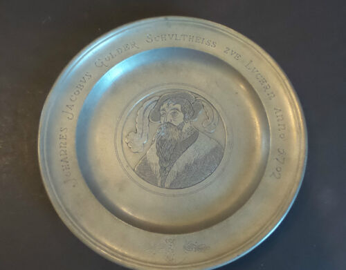 EARLY 18th C. PEWTER PLATE with PORTRAIT of JOHANNES GOLDER, LUCERN, DATED 1702