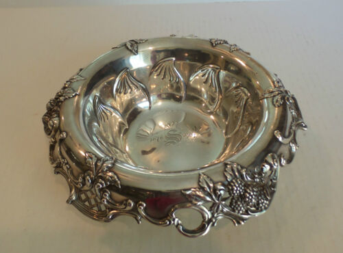"""GORGEOUS TIFFANY & CO. STERLING SILVER """"BLACKBERRY"""" 10"""" FRUIT BOWL"""