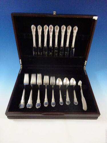 Modern Victorian by Lunt Sterling Silver Flatware Set For 8 Service 40 Pieces