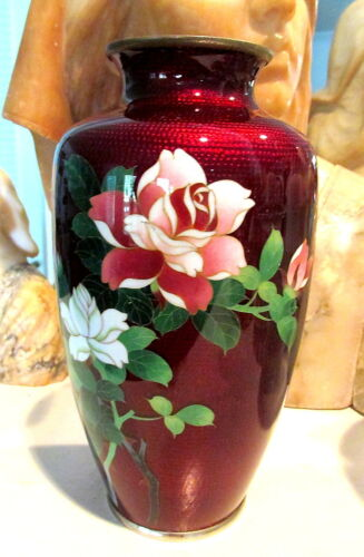 LOVELY RED JAPANESE CLOISONNE VASE WITH CRIMSON ROSE / BAMBOO & BIRD