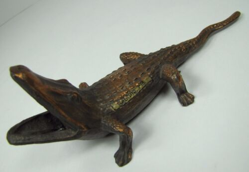 Old Alligator Ashtray Match Cigar Holder Sebring Fla Souvenir cast metal copper