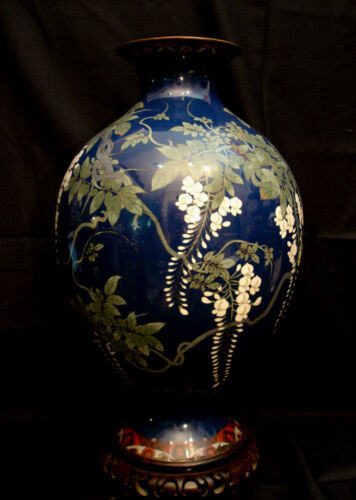 """18"""" JAPANESE MEIJI PERIOD CLOISONNE VASE WITH ROSEWOOD STAND"""