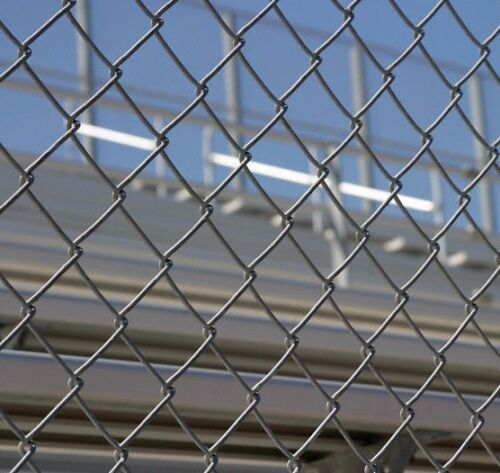 HOT DIPPED GALVANIZED CHAIN Link  FENCE/CHAIN WIRE