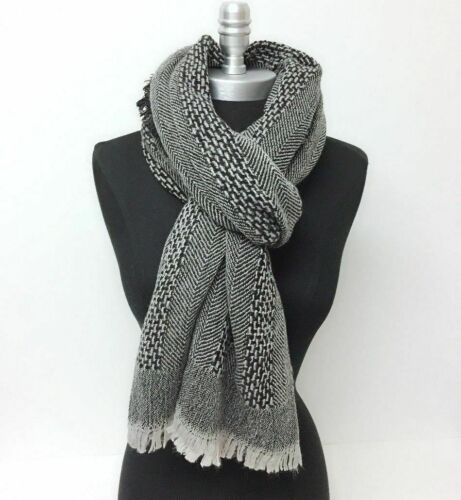 Mens Winter Warm Textured oblong mid-weight Scarf w/ fringe Gray Soft Wrap Shawl