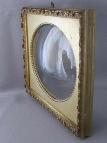 VTG SHABBY VTG CHIC GOLD GILT WOOD & GESSO OVAL DEEP CONVEX GLASS PICTURE FRAME