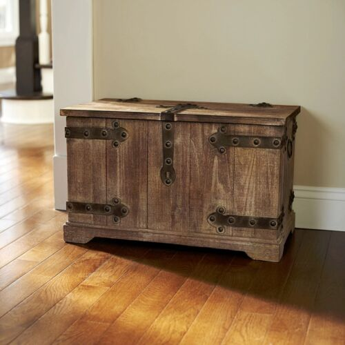 Storage Trunk Tan Wood  Metal Large Victorian Vintage Trunk Rusticity Lid Locks