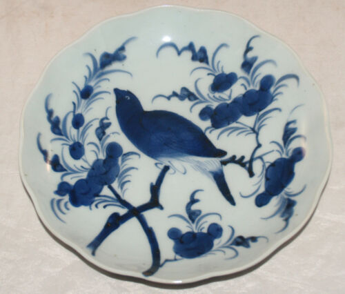 ANTIQUE JAPANESE PORCELAIN ARITA BLUE DECORATED BIRD PLATE SCALLOPED RIM ASIAN