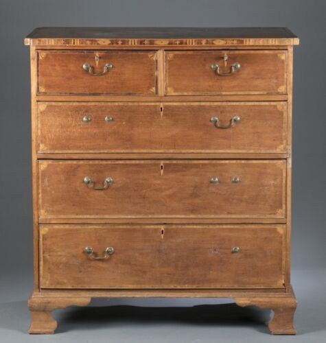 Queen Anne style chest of drawers, c.19th century. Lot 25