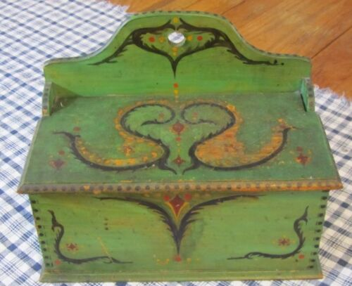Primitive Pennsylvania Decorated Wood Hanging BOX Antique Green Paint