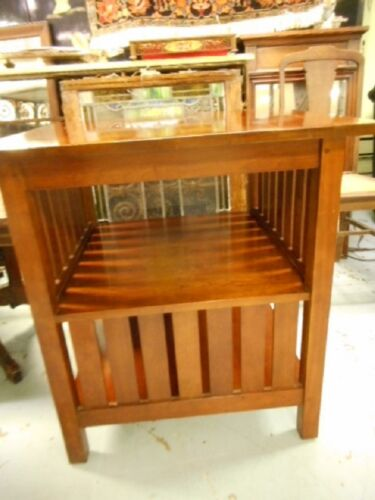 Stickley Mission Cherry Side Table Beautiful! Lot 43