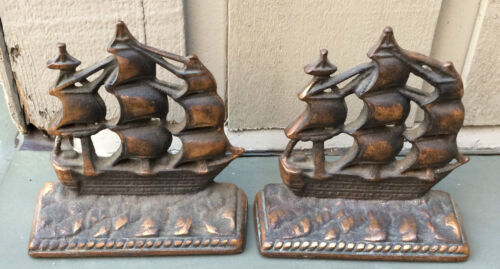 VINTAGE OLD IRONSIDE BRONZE  BOOKENDS DISPLAY LIBRARY OFFICE NAUTICAL MANTLE