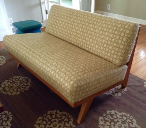 mid century modern pair of couches, Great solid frames. Armless slipper style