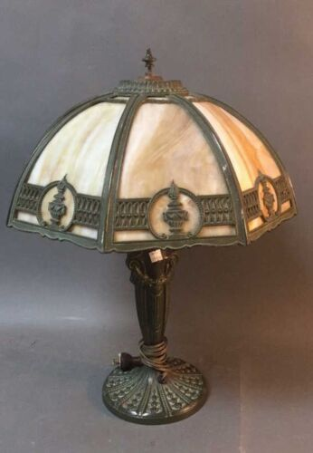 Tiffany style table lamp. Missing vent cap. Lot 97