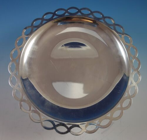 Tiffany & Co. Sterling Silver Bowl with Pierced Scalloped Rim #25247 (#1704)