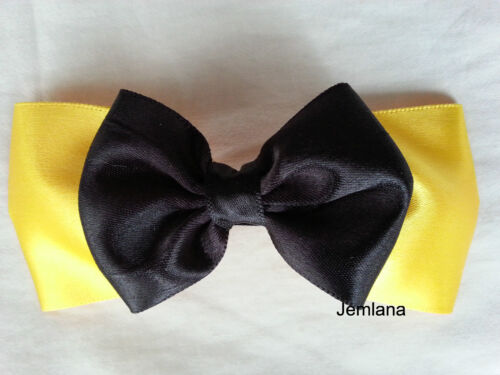 Jemlana's handmade Emma wiggle bow for girls...