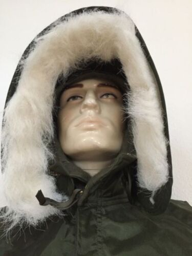 UNISSUED U.S. NAVY EXTREME COLD WEATHER IMPERMEABLE SHORE HOOD (SMALL)Uniforms - 104017