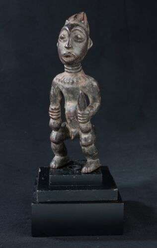 Babanki Royal Figure, Cameroon, African Tribal Art.