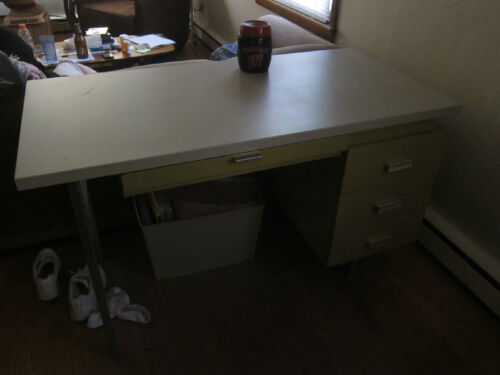 Vintage George Nelson Designed Desk Sold By Herman Miller,Color Lime Green/White