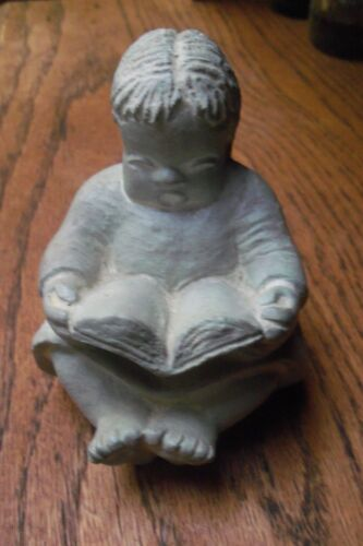 """ISABEL BLOOM RETIRED GIRL WITH A BOOK SIGNED BY ARTIST 3 3/4"""" TALL"""