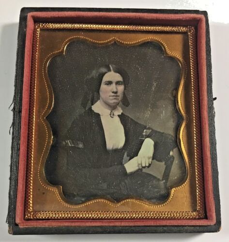 Daguerreotype Woman Wearing Cameo Brooch 1/6 Plate Full Case 1854 ID'd