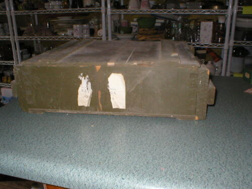 Antique Vintage Primitive Wood Shipping Box Shadow Box W/Lid Old Green Paint