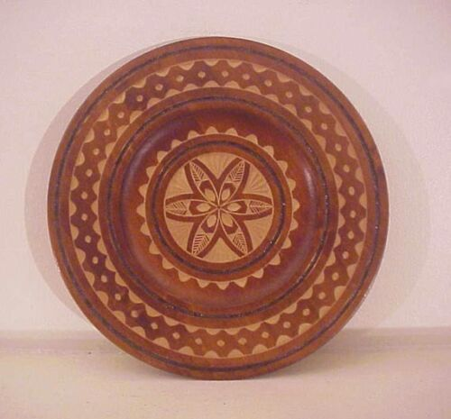 Primitive Look Carved Wood Plate Farmhouse Cottage Country Kitchen 80s