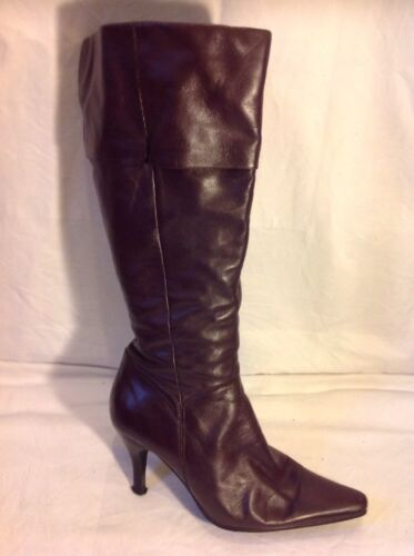 Essence Purple Knee High Leather Boots Size 6