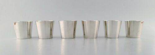 Sigvard Bernadotte for Gense. A set of 6 hunting/vodka beakers in plated silver.