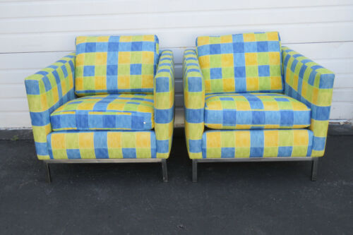 Mid Century Modern Style Vintage Pair of Living Bed Room Den Side Chairs 9794