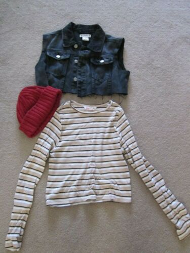Girls half sleeveless jacket, Beanie and long sleeve Top