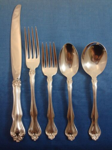 George and Martha by Westmorland Sterling Silver Flatware Set Service 46 Pieces