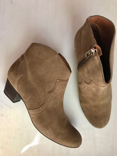 Schutz suede ankle boots - Size 5