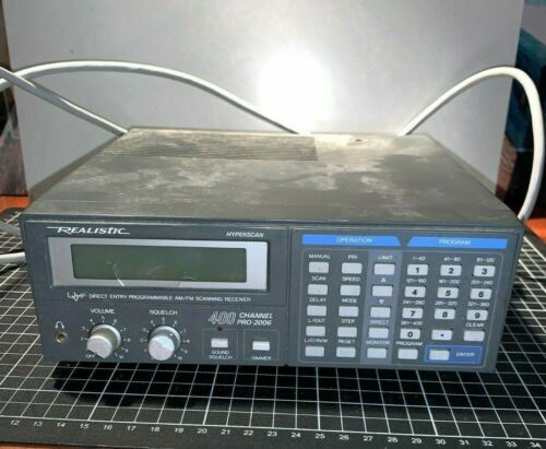 Realistic 400 Channel Pro 2006 DirectEntry  Programmable Am Fm Scanning Receiver
