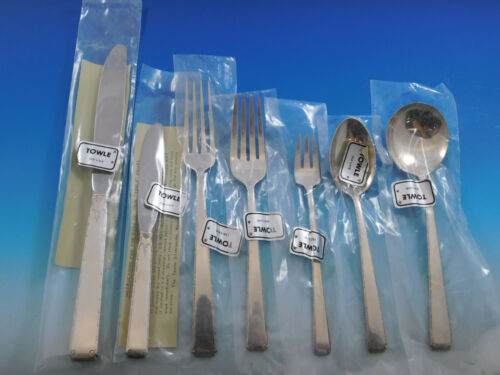 Old Lace by Towle Sterling Silver Flatware Set for 8 Service 62 pieces Unused