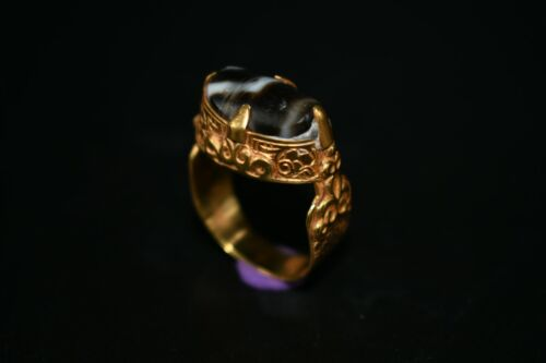 Authentic Ancient Bactrian Gold Ring With Rare Ancient stripped Agate Stone Top