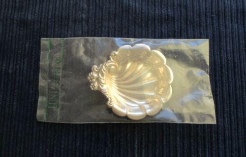 "Eloquence Lunt Butter Pat New (In Wrapper) 3""X 2 1/2"" #0636"