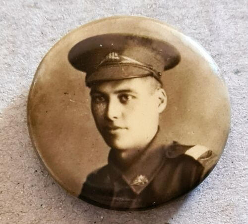 WW1 Australian Officer Photo Badge1914 - 1918 (WWI) - 13962