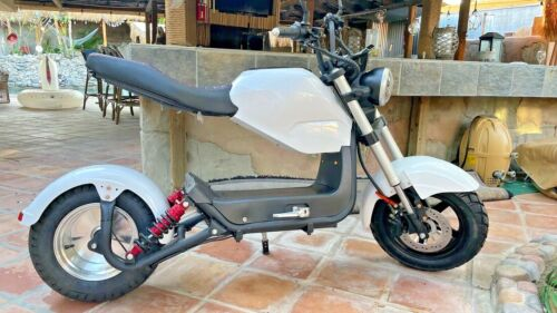 Brand New, Powerful & Fast 3000w Gorgeous Electric Motorcycle - Up to 70 km/h!!