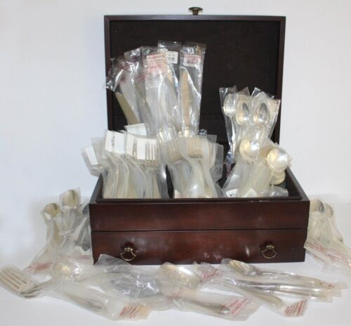 Reed & Barton POINTED ANTIQUE 80 Piece BRAND NEW Sterling Silver D&H Flatware