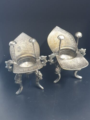 Antique Pair of 2 Chinese Jue Wine Vessel Tripod Wine Warmer in silvered metal